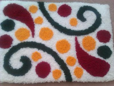 نمونه شبه قالی طرح کارتنی بافته شده بر روی گونی