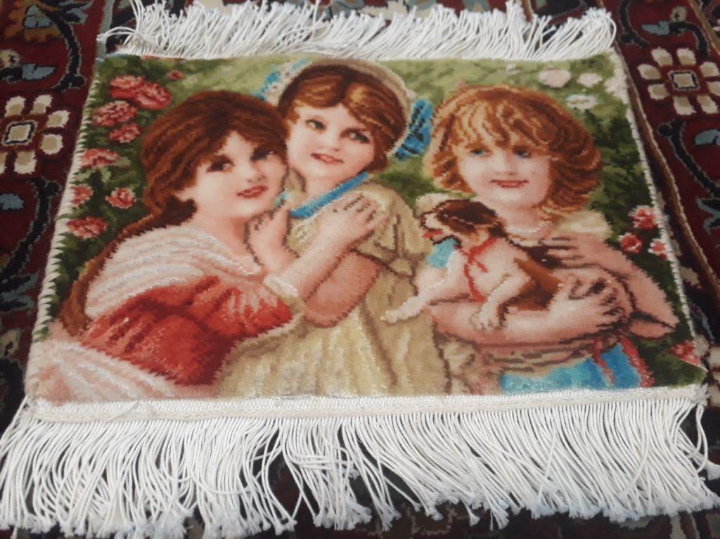نمونه فرش بافته شده طرح شادی کودکان